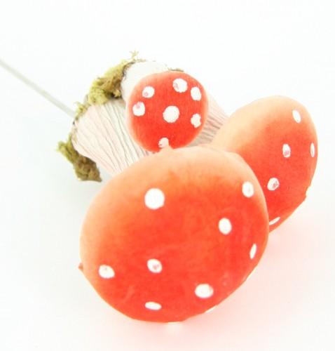 Decoratie paddenstoelen op draad