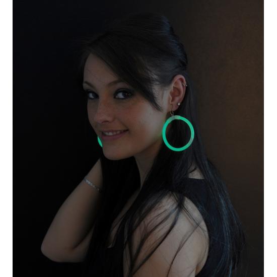 Groene glow in the dark oorbellen