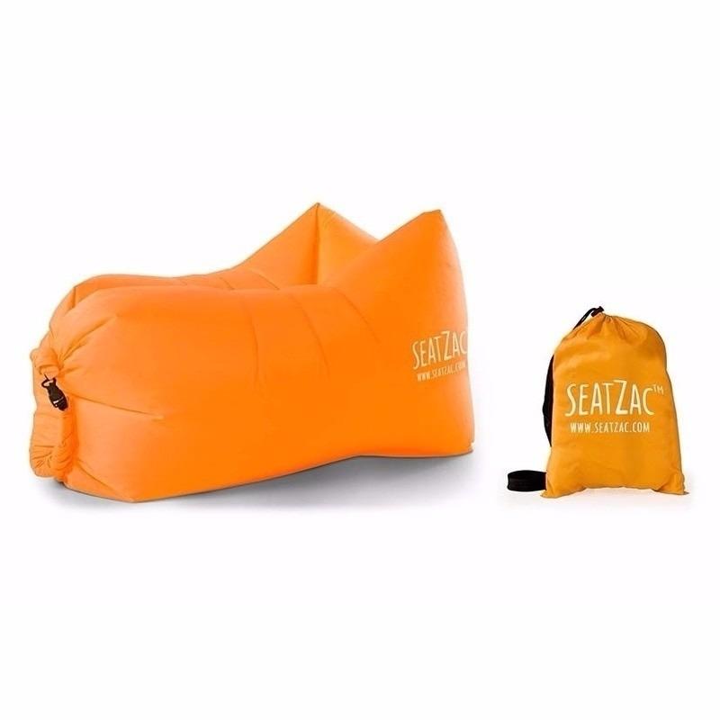 Lazy zitzak lucht stoel in het oranje