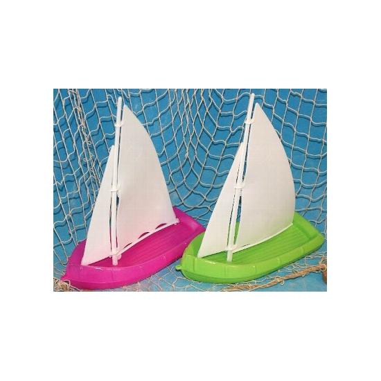 Speelgoed zeilboot