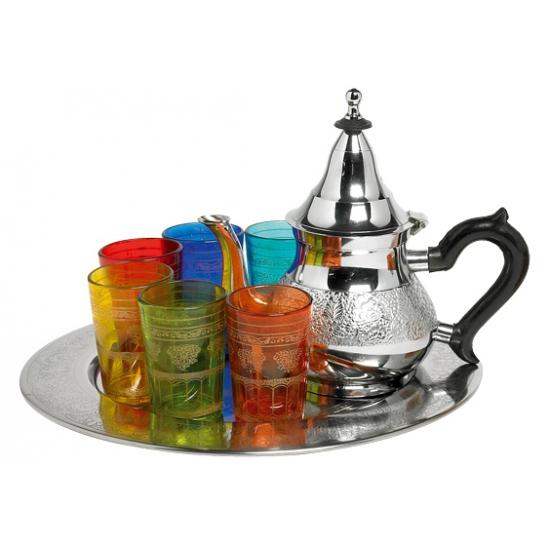 Turkse theeset met glazen