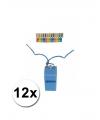 12 gekleurde scheidsrechter fluitjes aan koord