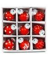 9 rode mini kerstballen met print