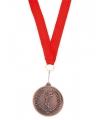 Bronzen medaille aan rood lint