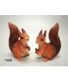 Eekhoorn beeldje met eikel 7 5 cm