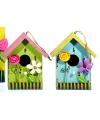 Geel vogelhuisje met bloem 16 cm