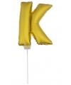 Gouden opblaas letter k op stokje 41 cm
