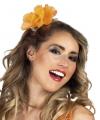 Haarspeld met oranje bloem