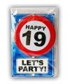 Happy birthday kaart met button 19 jaar