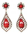 Middeleeuwse koninginnen oorbellen met rode stenen