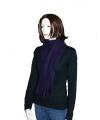 Paarse fleece sjaal met franjes