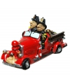 Spaarpot brandweerman in auto