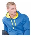 Varsity heren hoodie kobalt met gele capuchon