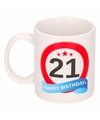 Verjaardag 21 jaar verkeersbord mok beker
