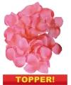Voordelige luxe roze rozenblaadjes