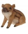 Wild zwijn beeldje zittend 21 cm