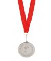 Zilveren medaille aan rood lint
