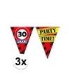 3x 30 jaar vlaggenlijn waarschuwingsbord 10mtr