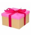 Neon roze cadeaudoosje 16 cm met fuchsia strik
