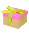 Neon roze cadeaudoosje 16 cm met lichtgroene strik