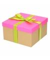 Neon roze cadeaudoosje 19 cm met lichtgroene strik