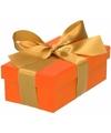 Oranje cadeaudoosje 10 cm met gouden strik