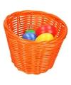Oranje paasmandje met gekleurde eieren 14 cm