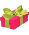 Roze cadeaudoosje 10 cm met lichtgroene strik