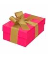 Roze cadeaudoosje 13 cm met gouden strik