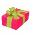 Roze cadeaudoosje 13 cm met lichtgroene strik