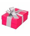 Roze cadeaudoosje 13 cm met zilveren strik