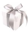 Wit cadeaudoosje 10 cm met zilveren strik